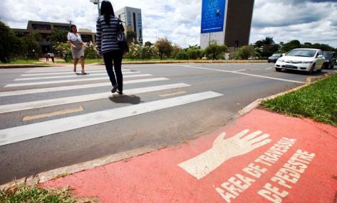 gesto de mao Brasilia 1