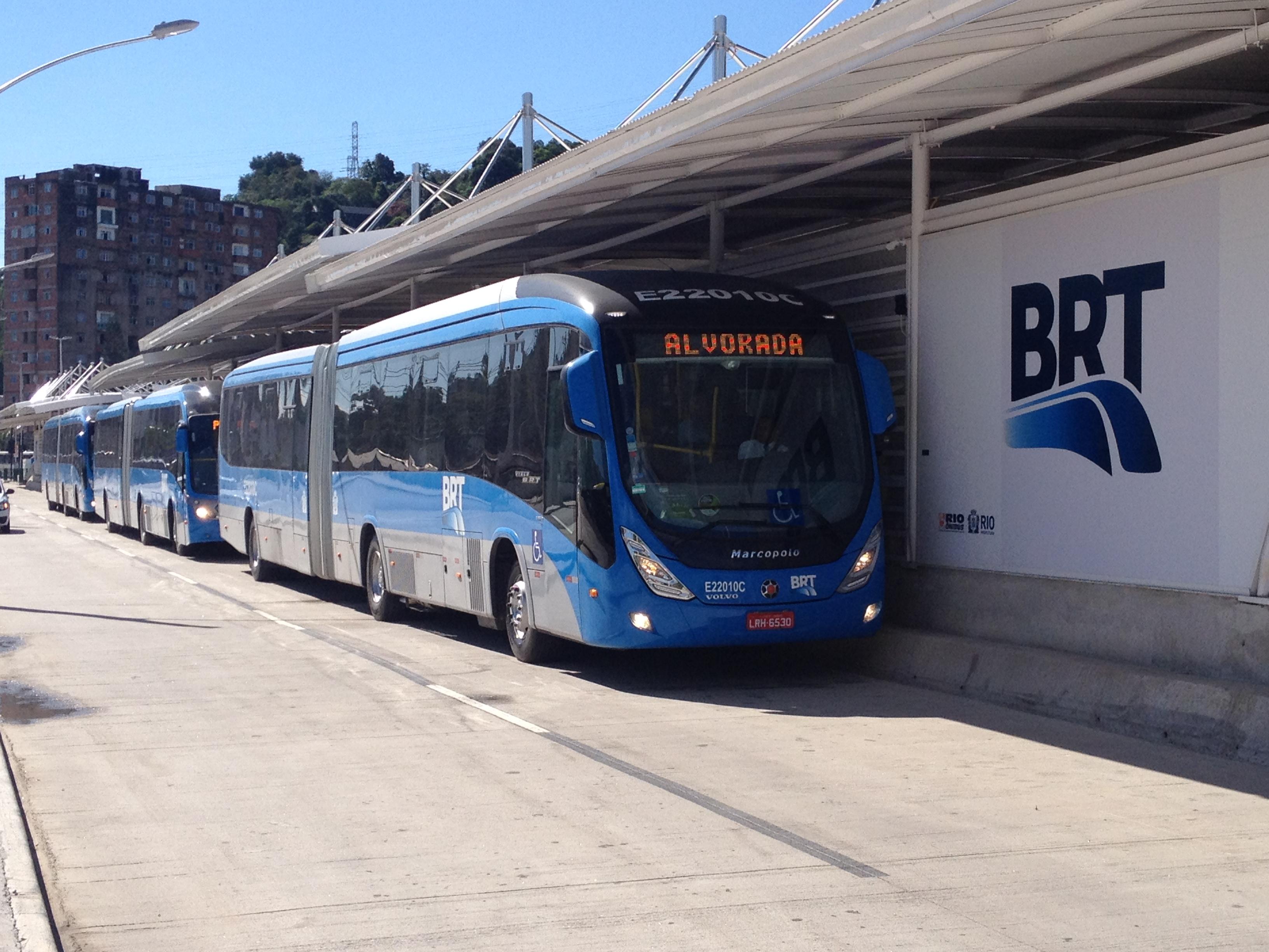 Crivella anuncia compra de 150 veículos para BRT do Rio de Janeiro ...