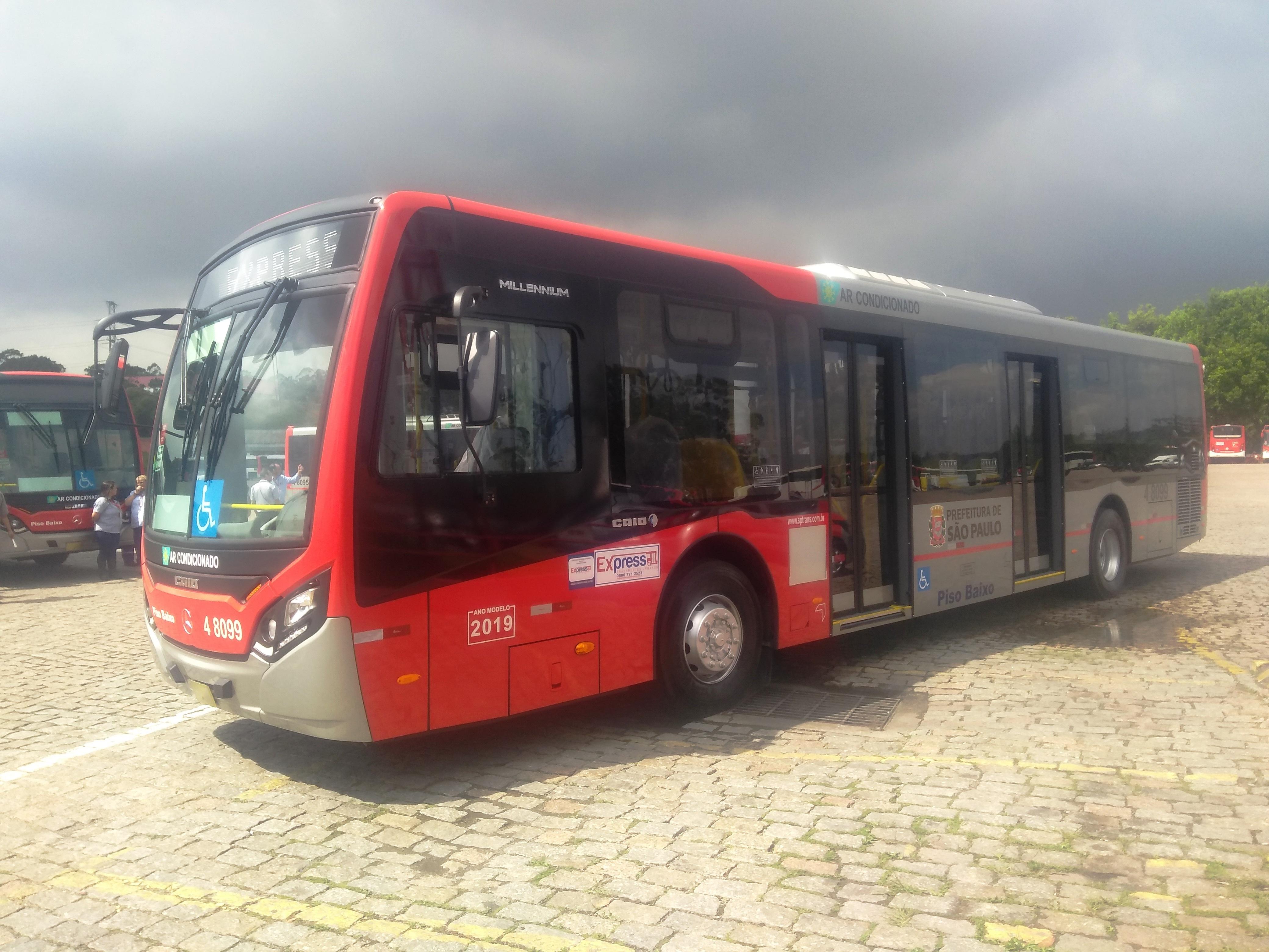 CCJ da Câmara Municipal barra projeto que tentava impedir dupla função de motoristas de ônibus em São Paulo