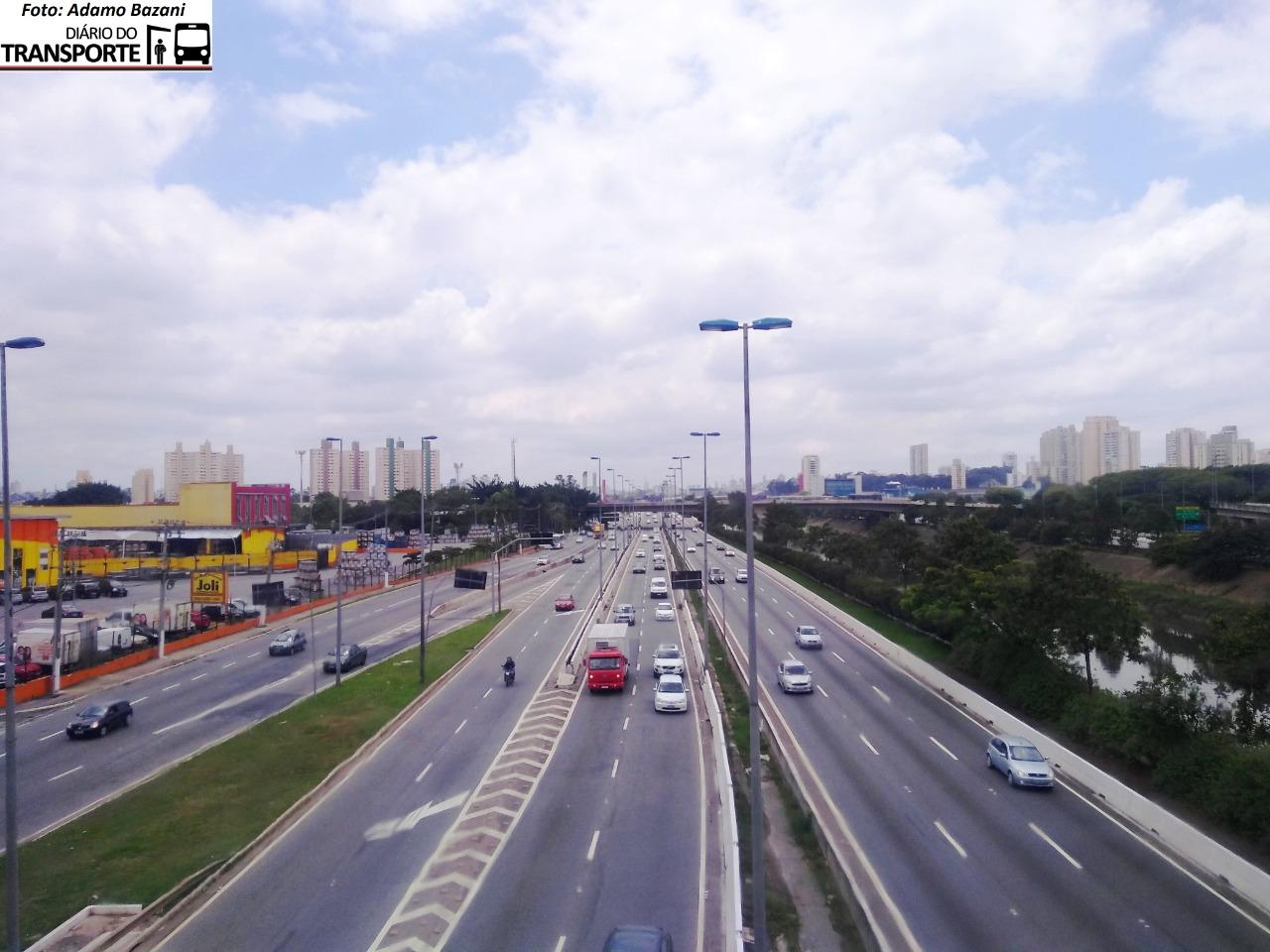 Rodízio de veículos na capital paulista não vigora na quarta-feira - Adamo Bazani